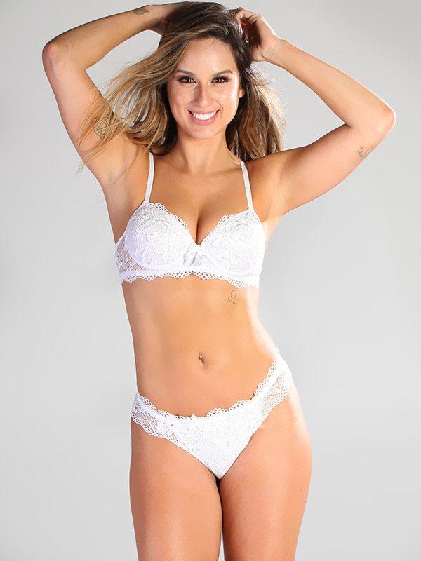 Luisa:  Classic, stunning white lace | Sets